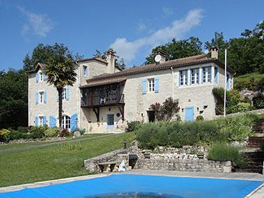 Autrement immobilier sarl belle maison avec 8 ha vue et piscine - Autrement maison ...