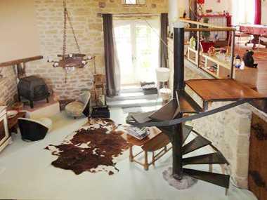 autrement immobilier sarl. Black Bedroom Furniture Sets. Home Design Ideas