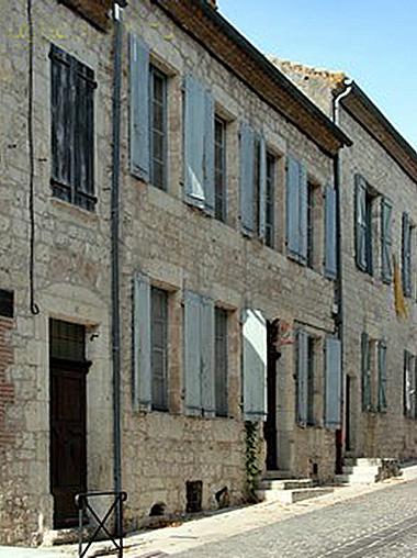 Autrement immobilier sarl maison bourgeoise 4 chambres jardin caves - Autrement maison ...
